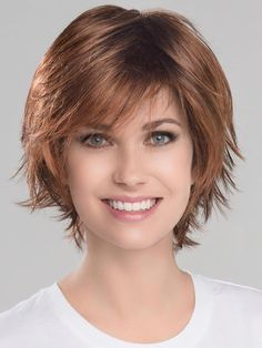 Come and buy Short Auburn Beautiful Wavy Short Synthetic Bob Wigs. All of them are on sale. Stacked Bob Hairstyles, Medium Bob Hairstyles, Hairstyles With Bangs, Easy Hairstyles, Hairstyles 2018, Crown Hairstyles, Bobs For Thin Hair, Short Hair With Bangs, Jon Renau