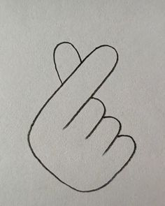 Drawing Hands - drawing tips Cute Easy Drawings, Cool Art Drawings, Pencil Art Drawings, Art Drawings Sketches, Hand Pencil Drawing, Simple Doodles Drawings, Easy Nature Drawings, Tumblr Drawings Easy, Pencil Drawings For Beginners