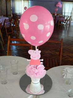 Paula L's Birthday / Peppa Pig - Photo Gallery at Catch My Party Pig Birthday, 2nd Birthday Parties, Birthday Party Decorations, Birthday Celebration, Fiestas Peppa Pig, Peppa Pig Pinata, Aniversario Peppa Pig, Pig Party, Party Centerpieces
