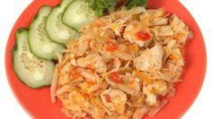 Kuracie soté s kyslou kapustou Pasta Salad, Potato Salad, Cabbage, Potatoes, Vegetables, Ethnic Recipes, Food, Crab Pasta Salad, Potato