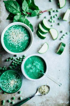 This Rawsome Vegan Life: REFRESHING VEG-TASTIC GREEN SMOOTHIE!