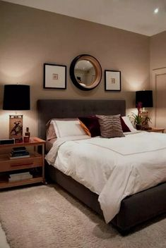 Small Master Bedroom Ideas - Lots of people find their home small, and typically, most of them hardly accept their small space. Nevertheless, there are still a couple of advantages that you can obtain having a small space in the bedroom.  #layout #onabudget #forcouples #withkingbed #rustic #apartments #beforeandafter #paint #romantic #diy #forwomen #storage #boho #simple #modern #decor