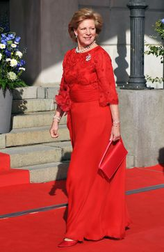 Queen Anne-Marie Photos - H. Queen Anne-Marie attends the Government Pre-Wedding Dinner for Crown Princess Victoria of Sweden and Daniel Westling at The Eric Ericson Hall on June 2010 in Stockholm, Sweden. - Queen Anne-Marie Photos - 95 of 112 Princess Victoria Of Sweden, Crown Princess Victoria, Princess Diana, Charles Et Camilla, Greece Dress, Greek Royalty, Danish Royalty, Greek Royal Family, Greece Fashion