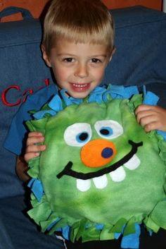 Greene Acres Hobby Farm: No Sew Halloween Monster Pillow Fleece Crafts, Fleece Projects, Fun Projects, No Sew Fleece Blanket, No Sew Blankets, Sewing Crafts, Sewing Projects, Activities For Kids, Crafts For Kids