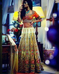Garba outfit for wedding Indian Attire, Indian Wear, Indian Style, Saris, Indian Dresses, Indian Outfits, Garba Dress, Look Short, Desi Clothes