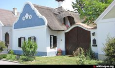 Framhouse in Mosonbánfalva Vernacular Architecture, Traditional House, Hungary, Countryside, Building A House, Pergola, Beautiful Places, Shed, Farmhouse