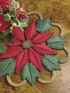 Plastic Canvas - Poinsettia Doily