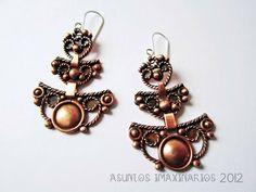 Asuntos imaxinarios: Brincos. Cobre e aceiro.  Earrings: copper and stainless steel filigree.