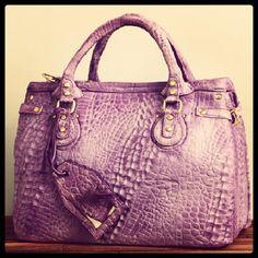 1000 images about alligator handbag on pinterest. Black Bedroom Furniture Sets. Home Design Ideas