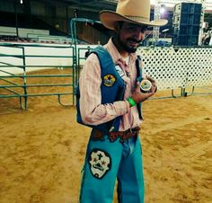 Rodeo Ready Bull Riding Photo by California Rider Jerry Tinoco Follow & Check him out at @tinoco_jerry16 https://www.instagram.com/tinoco_jerry16/ Team Cowboy Coffee Chew #californiaadventure #rodeo #bullriding #cali #coffee