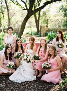 bridesmaids in varying shades of pink // photo by gabeaceves.com