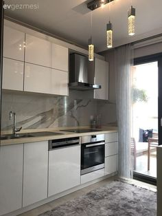 Cansu lady& area is well evaluated, stylish kitchen and balcony with views . Style Shaker, Table Haute, Chaise Bar, Survival Blanket, Stylish Kitchen, Design Moderne, Cuisines Design, Sweet Home, Kitchen Cabinets