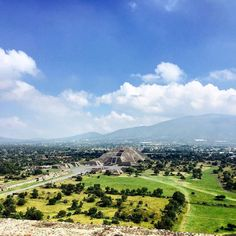 Beautiful city amazing views! #mexico #mexicocity #teohtihuacan #pyramid #nature #travel #explorenature #amazingview by felixomars