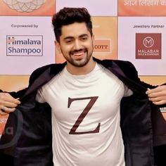 Actors Images, Tv Actors, Actors & Actresses, Cute Love Couple, My Love, Song Wei Long, Indian Star, Male Male, Zain Imam