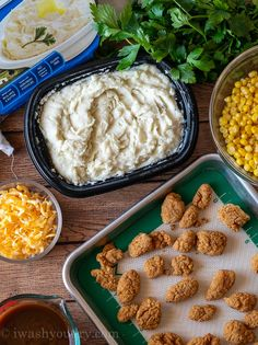 Combine the mashed potatoes, cheese, corn, crispy chicken and gravy in a bowl and dinner is served! Chicken Potato Casserole, Chicken Mashed Potatoes, Fluffy Mashed Potatoes, Bacon Ranch Potatoes, Corn Chicken, Breaded Chicken, Cheesy Chicken, Crispy Chicken, How To Cook Chicken