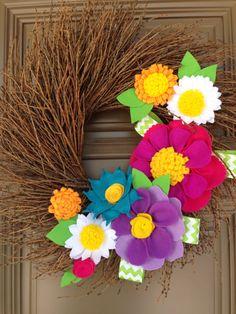 Welcome spring flower felt wreath by Naneville on Etsy, $56.00