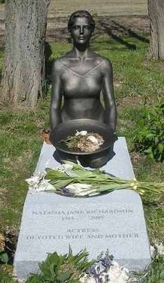 Grave Marker- Natasha Richardson - -fatally injured in Quebec skiing accident. Wife of actor Liam Neeson. Cemetery Monuments, Cemetery Statues, Cemetery Headstones, Old Cemeteries, Cemetery Art, Graveyards, Natasha Richardson, Unusual Headstones, Famous Tombstones