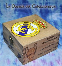 Caja pirograbada y pintada a mano del Real Madrid. Si quieres hacernos una consulta o pedido puedes escribirnos un privado a nuestro facebook o un email a laposadadelcoleccionista@gmail.com