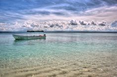 An HDR photo of the Zapatilla Cay in Panama - one of the last pristine places on earth.