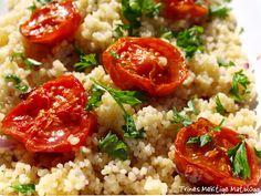 Couscous-salat med rødløk, sitron, urter og ovnsbakte tomater | TRINES MATBLOGG