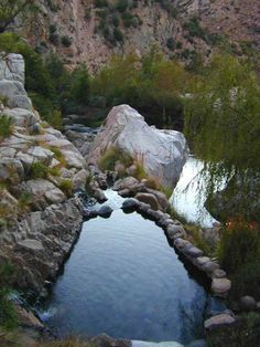 CA hotsprings   Deep Creek, Sespe, & Saline. Hot mineral waters flowing from the earth into rock tubs, surrounded by total nature. Like a distant dream you imagine the terrain, the soak, the stars.      NATURAL HOT TUBS: California Hot Springs located in rural areas, mostly on dirt roads, some inside or near National Forests. Most have camping nearby
