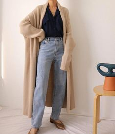girls' cardigans provide best portion to effectively finish personal outfit jointly. Maxi Cardigan, Cardigan Outfits, Winter Cardigan Outfit, Fall Outfits, Casual Outfits, Cute Outfits, Fashion Outfits, Women's Neutral Outfits, Fashion Scarves