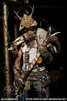 Steampunk at its finest. Apocalypse Costume, Apocalypse Survival, Apocalypse Armor, Post Apocalyptic Costume, Post Apocalyptic Fashion, Larp, Fallout Raider, Science Fiction, Pulp Fiction
