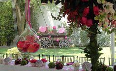 Detalles colgantes para decorar una boda