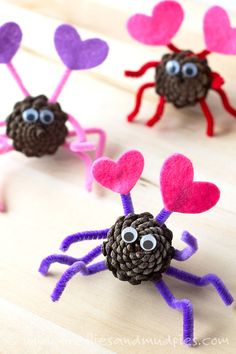 Pinecone Love Bugs valentines day valentines day crafts valentines day ideas diy valentines day crafts valentines day crafts for kids valentines day diy crafts crafts for valentines day