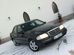 1 100 €: Mercedes c180  Taxa platita _ dovada anaf  geamuri electrice oglinzi electrice airbag uri abs tetiere electrice nu bate absolut nimic pretul este fix nu sunati pt negocieri taxa a costat 800 ...