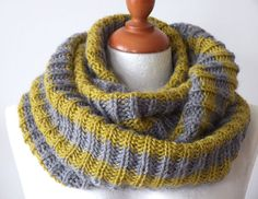 Infinity unisex scarf hand knitted / back to school by couvert
