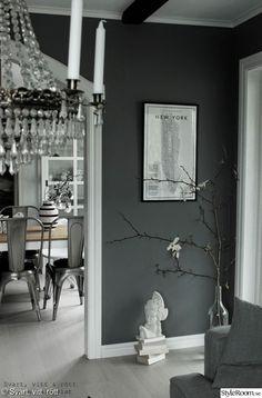 Magnolia in a bottle Closet Bedroom, Living Room Bedroom, Gray Interior, Interior Design, E Room, Wooden Flooring, House Design, New York, Furniture