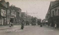 35 photos of Bristol's former tram network