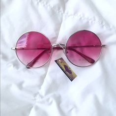Boho Chic Circle Sunglasses Super cute boho chic circle sunglasses. They have metal frames and are great for the festival season and upcoming summer! ONLY PINK LEFT. They are NOT sold together. $12 each. Accessories Sunglasses
