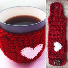 20 Free Crochet Cup Cozy Patterns Perfect For A Quick And Easy DIY Christmas Gift! - Knit And Crochet Daily cozy crochet 20 Free Crochet Cup Cozy Patterns Perfect For A Quick And Easy DIY Christmas Gift! - Knit And Crochet Daily Crochet Coffee Cozy, Crochet Cozy, Crochet Gifts, Free Crochet, Crochet Ideas, Mug Cozy Pattern, Free Pattern, Ravelry, Easy Diy Christmas Gifts