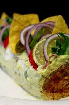 Kakkuviikarin vispailuja!: Texmex-voileipäkääretorttu