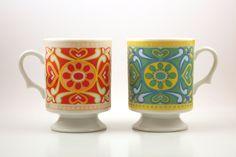 70s Pedestal Mugs