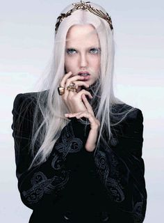 Minimal Baroque, Lindsey Wixson by Sharif Hamza for Vogue China October 2012.