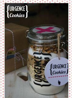 Kit à cookies -   DIY on www.lafabriquedubonheur.com Cooking Cookies, Cookie Desserts, Cookie Jars, Kit Cookies, Cookies Et Biscuits, Jar Gifts, Food Gifts, Mama Cooking, Gifts For Cooks