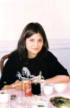 Pakistani singer,  Nazia Hassan--A beauty in black.