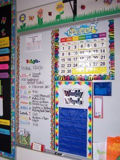 The FACE of a Reader bulletin board Asking Questions While We Read Classroom Jobs Display Daily Schedule, Weekly Words, an. Classroom Jobs Display, Classroom Organisation, Teacher Organization, Teacher Tools, Classroom Decor, Teacher Resources, White Board Organization, Class Jobs Display, Classroom Management