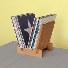 LP Record Stand in Solid Douglas Fir por LLTTgoods en Etsy, $98.00