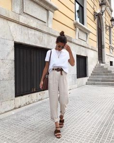 What to Wear Tomorrow? Check These Simple Outfits - Girlsinsights Edgy Outfits, Mode Outfits, Simple Outfits, Amazing Outfits, Latest Fashion For Women, Womens Fashion, Moda Fashion, Ladies Fashion, Daily Fashion