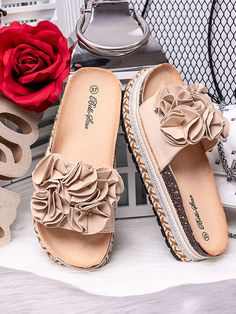Női bézs papucs Bello Star S61BE Chanel Ballet Flats, Outfit, Shoes, Fashion, Outfits, Moda, Zapatos, Shoes Outlet, Fashion Styles