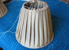 Lampshade manufacturing in Cape Town. Shabby Chic Lamps, Shabby Chic Crafts, I Love Lamp, Diy Curtains, Sewing A Button, Diy Arts And Crafts, Cool Items, Clever Diy, Tutorial