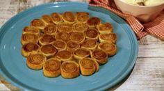 Peach Pie Pinwheels by Carla Hall The Chew Recipes, Fruit Recipes, Dessert Recipes, Just Desserts, Delicious Desserts, Yummy Treats, Sweet Treats, Brownies, Desert Recipes