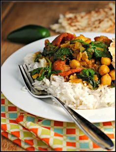 Chana Masala makes for a perfect weekday healthy meal on a cold winter night. #vegan #glutenfree