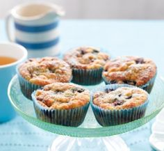 Banana, blueberry and coconut muffins - Healthy Food Guide Coconut Muffins, Healthy Muffins, Banana Coconut, Gluten Free Baking, Healthy Baking, Healthy Food, Ww Recipes, Sweet Recipes, Healthy Recipes