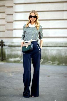 Poppy Delevingne in Chloé at Paris Fashion week - marine pants for fall Street Style Trends, Best Street Style, Street Style Blog, Autumn Street Style, Street Chic, Poppy Delevingne, Fashion Week Paris, Mode Ab 50, Look 2015