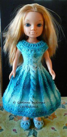 """J'ai mis au propre mes notes sur la tenue """"Spirit of Turquoise"""" et j'ai mis le tuto dans ma boutique Etsy récemment créée : """"Amour2laine"""", qui comporte aussi quelques tutos de tenues sophistiquées (crochet ou tricot) pour poupée mannequin. Voici le lien..."""